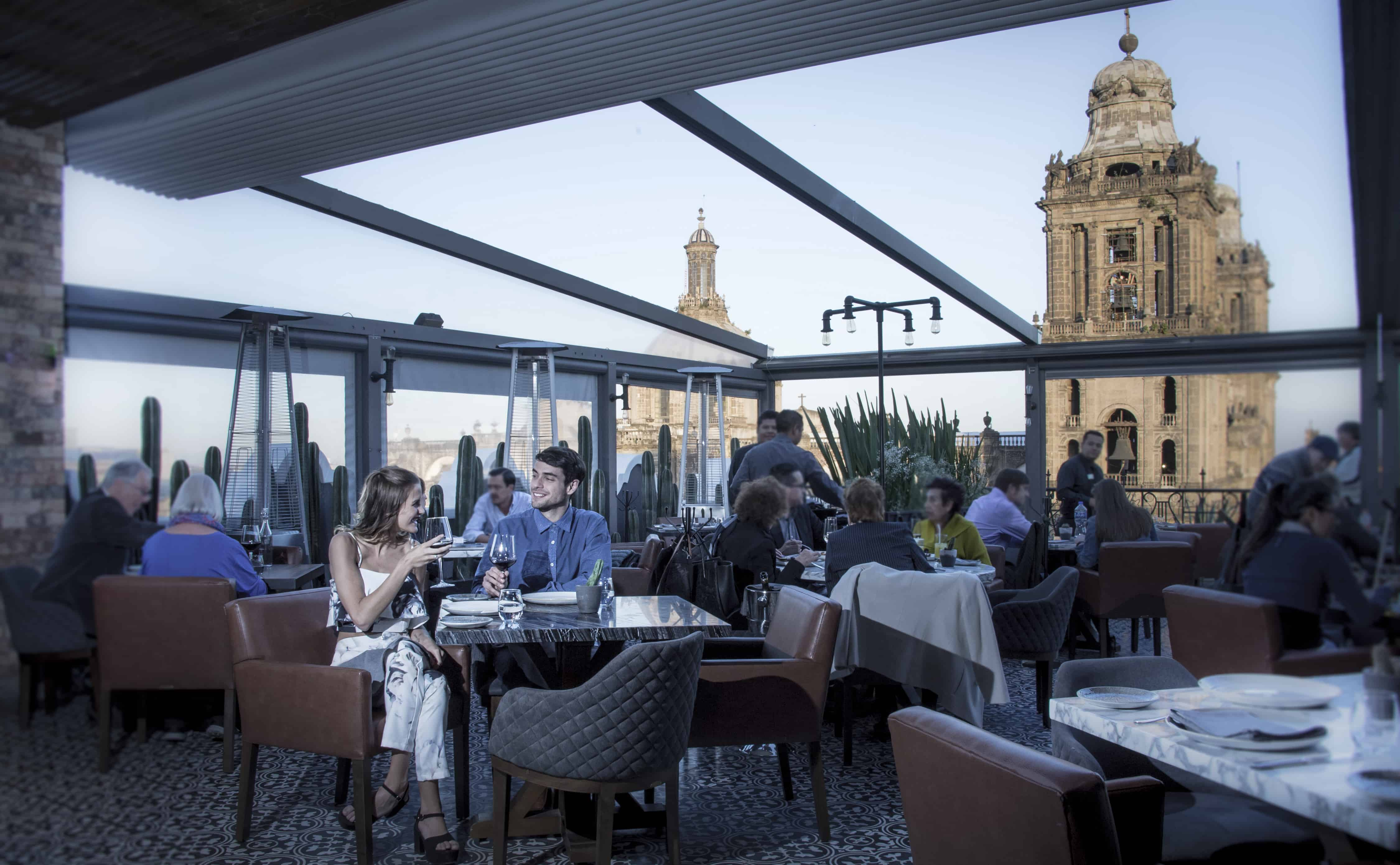 7 restaurantes con las vistas más increíbles del mundo.